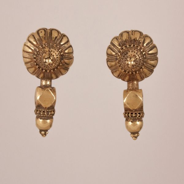 18 Karat Gold Traditional Earrings from Northern India